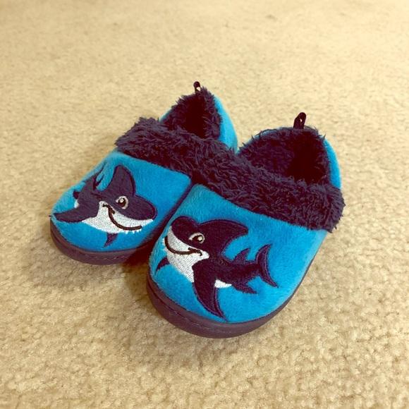 Shoes | Boys Slippers | Poshmark